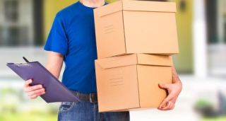 bigstock-Delivery-man-60726182-514x276